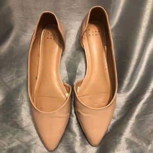 Size 9 A new day flats
